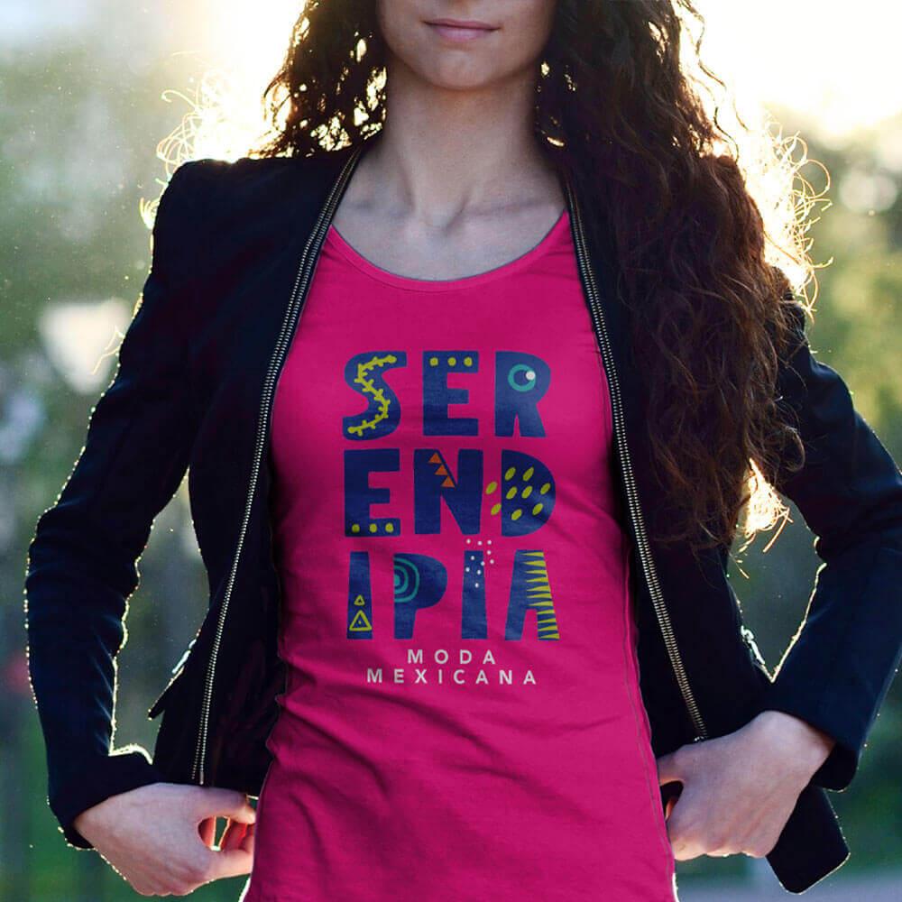 Diseño de Logotipo aplicacion blusa Moda Mexicana Serendipia Identidad Corporativa - Lilián Féres Agencia Creativa
